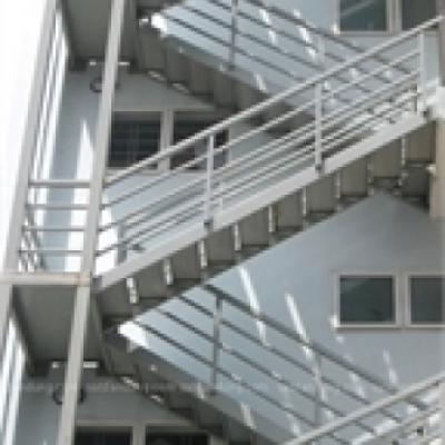 Cầu thang thoát hiểm - 003