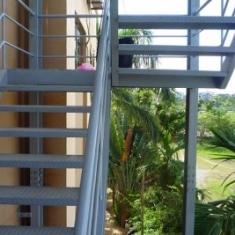Cầu thang thoát hiểm - 007
